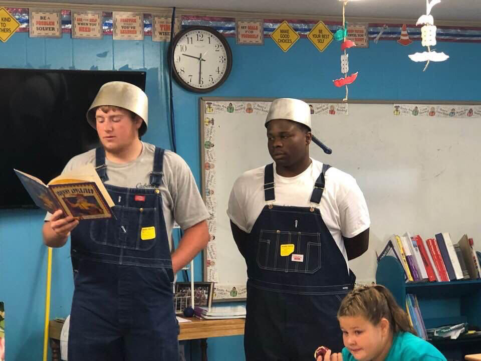 Warrior FB reads to Central 2019